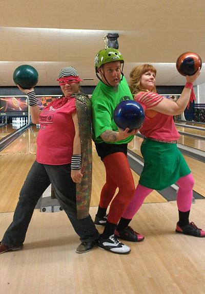Playground-Sports-Bowling